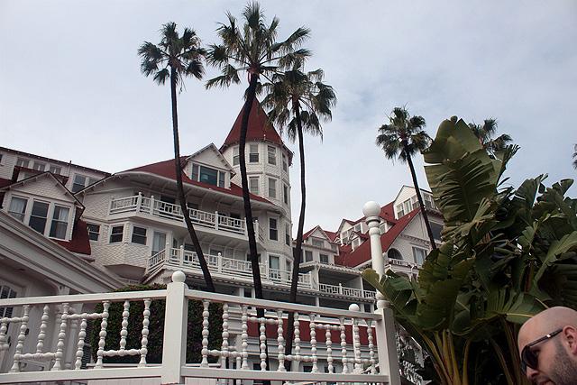 hotel-del-coronado-closeup